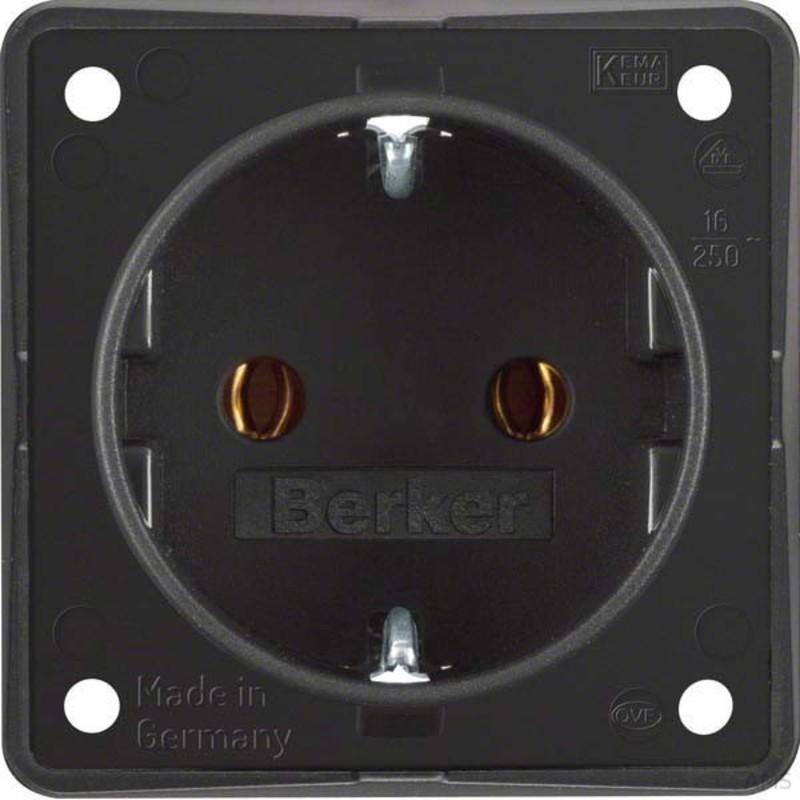berker schuko steckdose schwarz matt 947782503. Black Bedroom Furniture Sets. Home Design Ideas